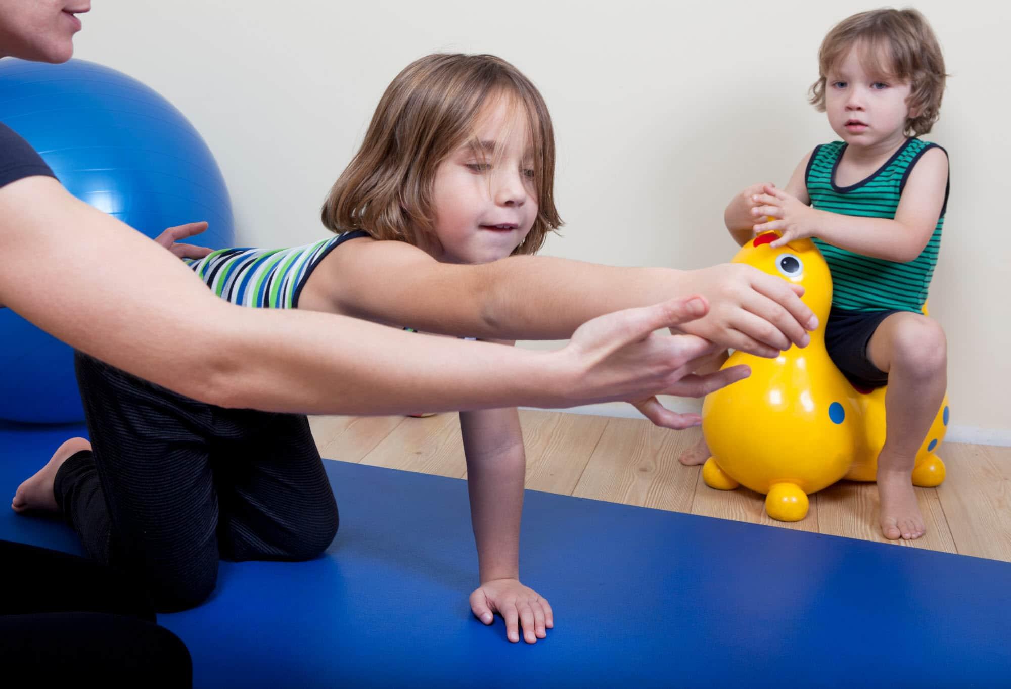 kinderfysiotherapie en kinderbekkenfysiotherapie