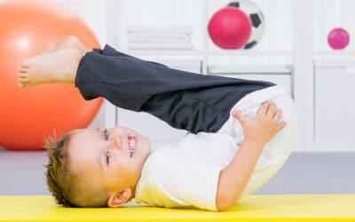 Begeleiding door een fysiotherapeut bij de motorische ontwikkeling van uw peuter